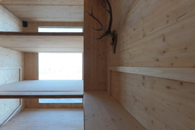 Architecture_TheAlpineCabin_OFIS4