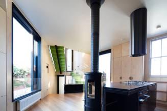 cornerstreetmelbourbehouse8-900x600