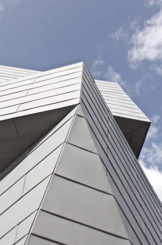 Architecture_GemmaObservatory_AnmahianWintonArchitects_09-1050x1585