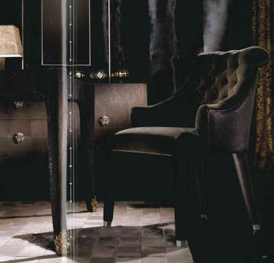 pelle- leather- leather tuscany- pelle texture-materiali-materials- luxury- lusso- arredo-furniture-furnishing- cantu- arredamento-complementi-complementi d'arredo CAVALLI-ROBERTO CAVALLI INTERIORS-WEVUG-GRANDI NOMI PER INTERNI-GLA_014
