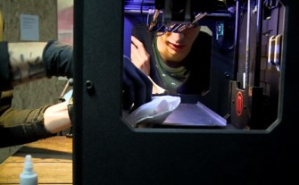 Tatoue-3D-printing-tattoo-machine-by-Appropriate-Audiences-b_dezeen_468_1