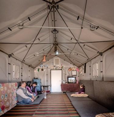 Better-Shelter-Ikea-Foundation-and-UNHCR_dezeen_468_3
