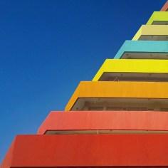 Colourful-Minimalist-Architecture_12