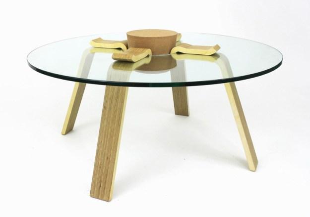 cork-stopper-table_190315_03-800x562