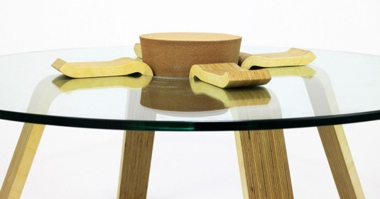 cork-stopper-table_190315_06-800x421