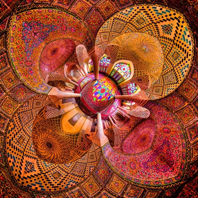 Incredible-and-Colorful-Mosque-11-640x640