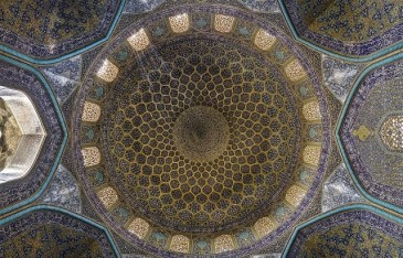 Incredible-and-Colorful-Mosque-8-640x411