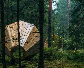 darlin_giant-wooden-megaphones-3