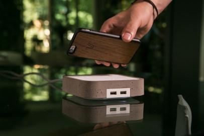 WoodieHub Wireless Charging