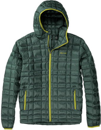 cold-weather-clothing-hiking-camping-outdoors-winter (1)