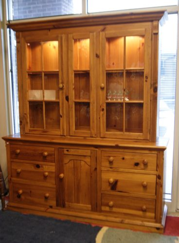 Solid Knotty Pine Hutch 2 Piece By Ethan Allen Gorgeous~! 3 Inside Upper  Lights Inlay Glass And Wood Shelves 2. Lower 6 Dove Tailed Drawers