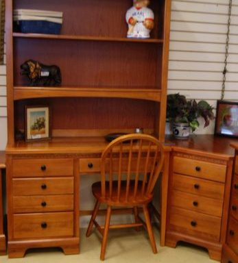 Desk Hutch Chair and Side Table Set