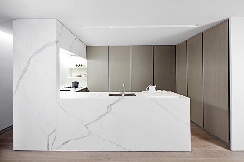 Una sola pieza de mármol para la cocina