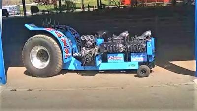 Maxx Kakl Tractor Puller