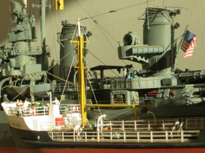 Shell Welder and USS Nicholas. 1/125 scale