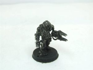 Servitor with servo arm