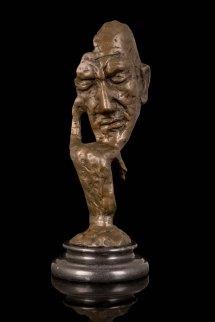 modern bronze art sculpture figurine