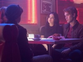 Riverdale - 2.14 - The Hills Have Eyes