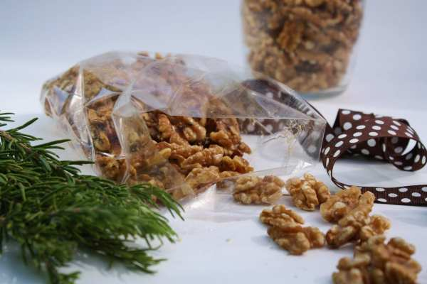 Rosemary Walnuts