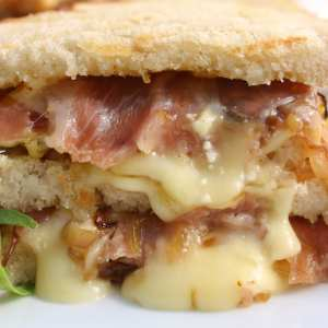 Brie and Prosciutto Panini Sandwiches