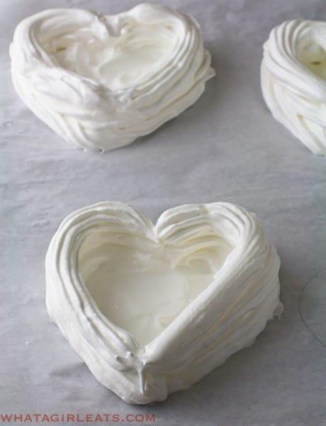 Meringue heart shells