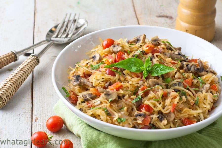Tomato Mushroom Spaghetti Squash {Whole30 Recipe}What a ...