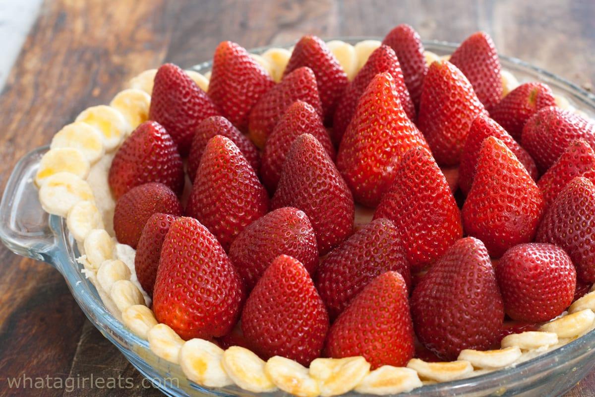 berries in pie