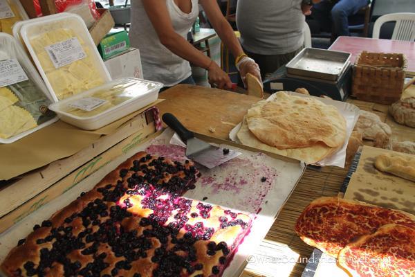 Schiacciate all'uva - Tuscan Grape Bread