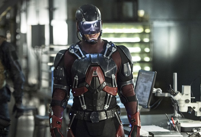 "Arrow -- ""Lost Souls"" -- Image AR406A_0248b.jpg -- Pictured: Brandon Routh as Atom -- Photo: Cate Cameron/ The CW -- © 2015 The CW Network, LLC. All Rights Reserved."