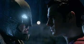 Batman or Superman? - The Cast of Gotham Weighs in...