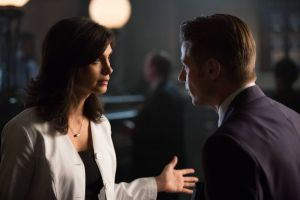 GOTHAM: L-R: Morena Baccarin and Ben McKenzie in the ÒRise of the Villains: TonightÕs the NightÓ episode of GOTHAM airing Monday, Nov. 9 (8:00-9:00 PM ET/PT) on FOX. ©2015 Fox Broadcasting Co. Cr: Nicole Rivelli/FOX.