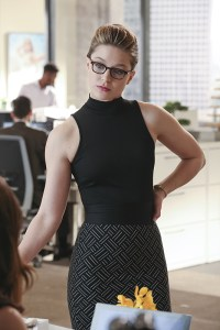 """Falling"" -- Kara (Melissa Benoist, pictured) turns on her friends and the citizens of National City after being exposed to Red Kryptonite makes her malicious and dangerous, on SUPERGIRL, Monday, March 14 (8:00-9:00 PM, ET/PT) on the CBS Television Network. Photo: Michael Yarish/CBS ©2016 CBS Broadcasting, Inc. All Rights Reserved"