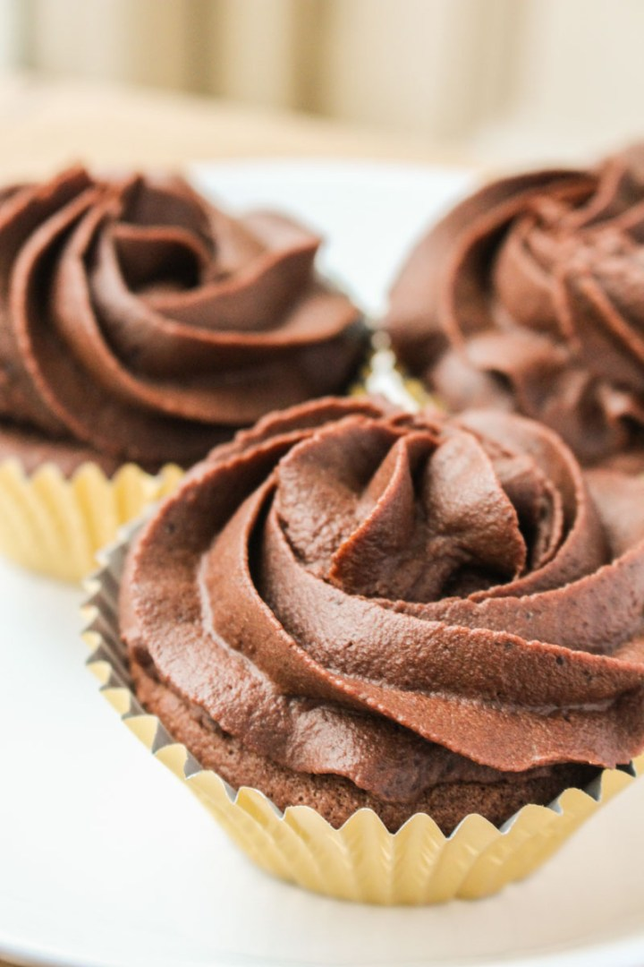 Absolutely the best chocolate cupcakes you will ever make. Made with melted chocolate, these little gems are both rich and delicious in equal measure.