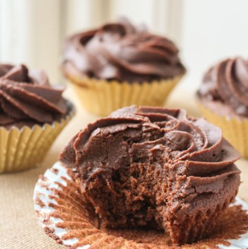 Absolutely the best chocolate cupcakes you will ever make. Made with melted chocolate, these little gems are both rich and fluffy in equal measure.