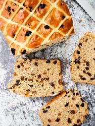 Hot Cross Bun Loaf (Breadmaker Recipe) | What Charlotte Baked