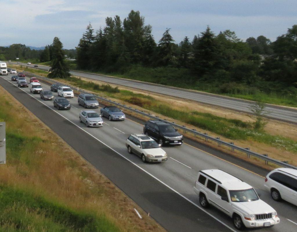 I-5 traffic jam nb at smith rd 2106-06-21
