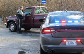 WCSO deputy makes contact with a driver. Photo: Whatcom News