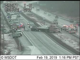 crash scene at sb i5 at portal way 2019-02-19 1315