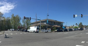 The lineup for free garbage disposal during 2019 Citywide Clean Up Day extended from the City Hall parking lot, up 4th Avenue and past the library on Main Street (April 20, 2019). Photo: Mike Hiestand
