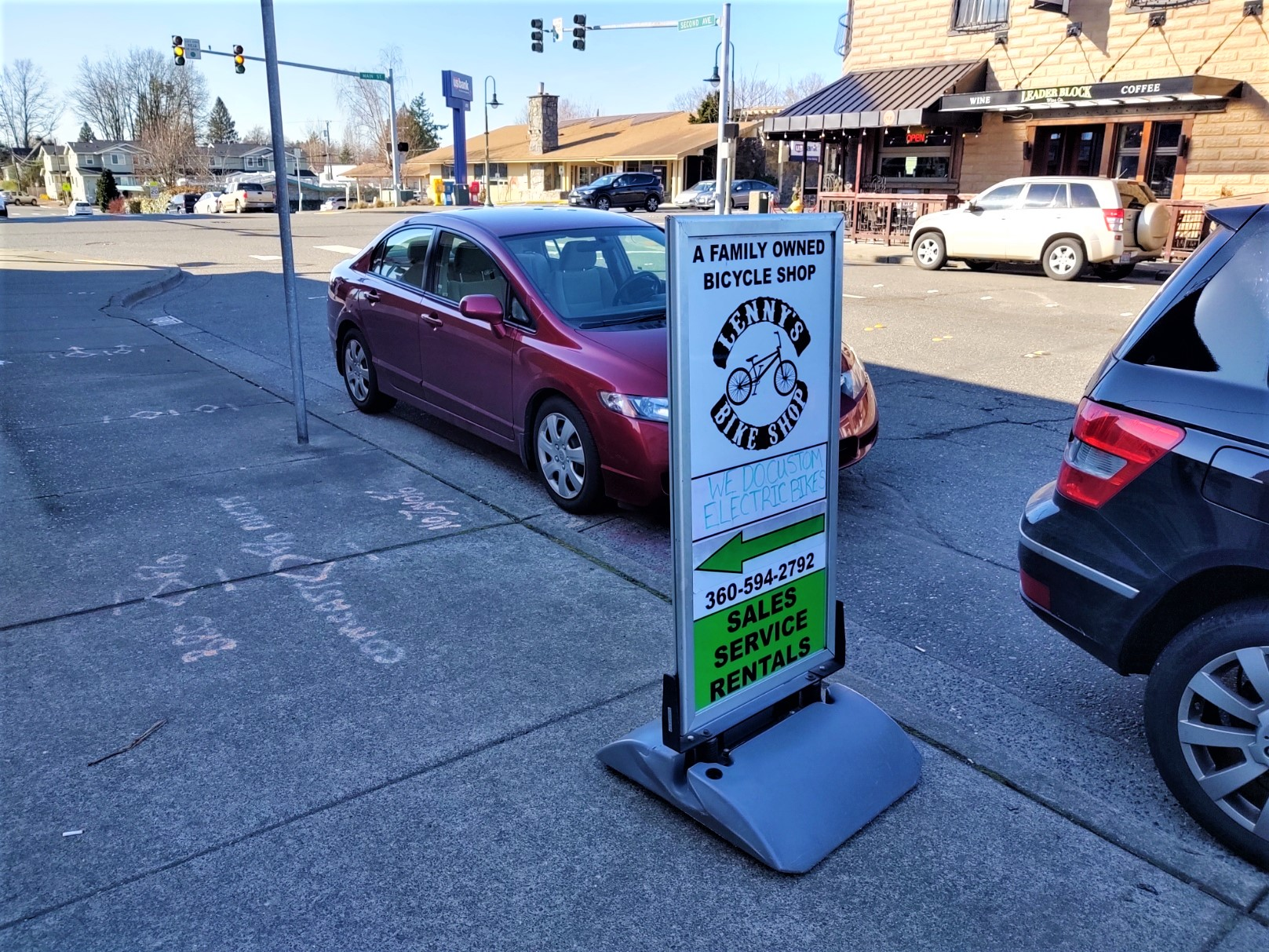 Sidewalk sign outside Lenny's Bike Shop (February 20, 2020). Photo: My Ferndale News