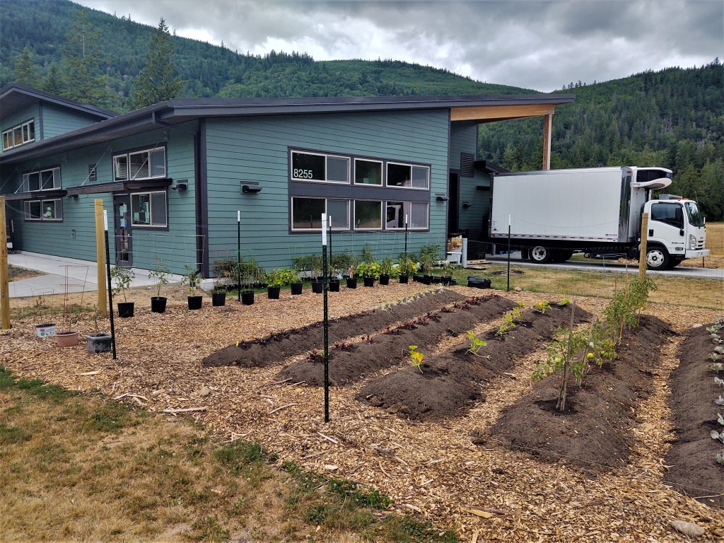 Foothills Food Bank building and adjacent community garden (July 16, 2021). Photo: Whatcom News
