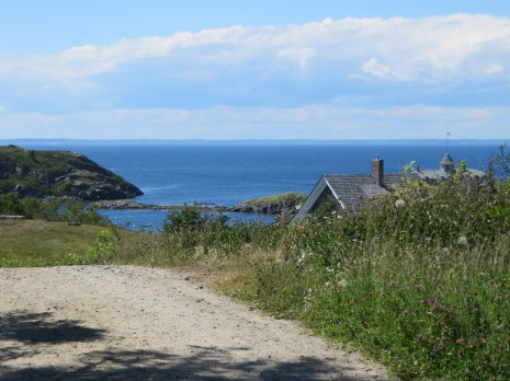 monhegan-2016-from-ti[-top-of-Horn-Hill