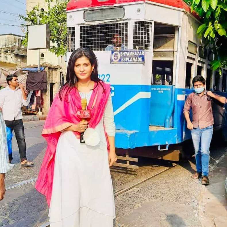 Anjana Om Kashyap Reporting Photo In West Bengal