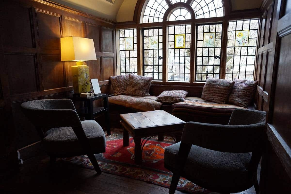 Seating area in the gallery at Grays Court hotel