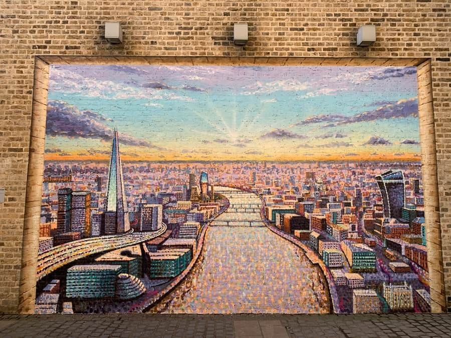 London cityscape mural by Jimmy C