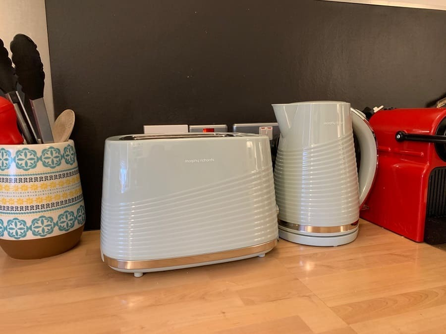New green matching toaster and kettle