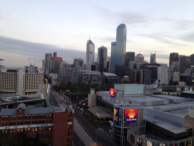 Views of Melbourne at dawn
