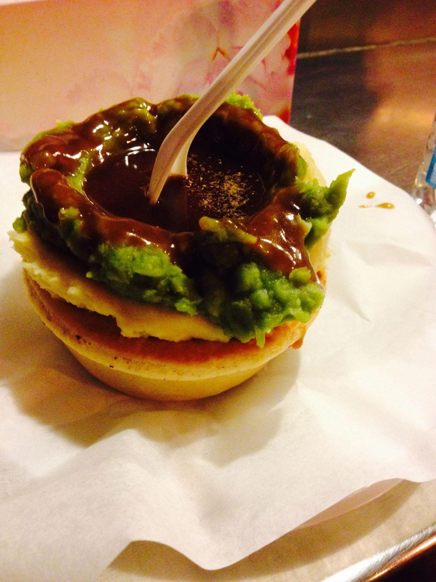 An Aussie meat pie at Harry's Cafe de Wheels, Woolloomooloo