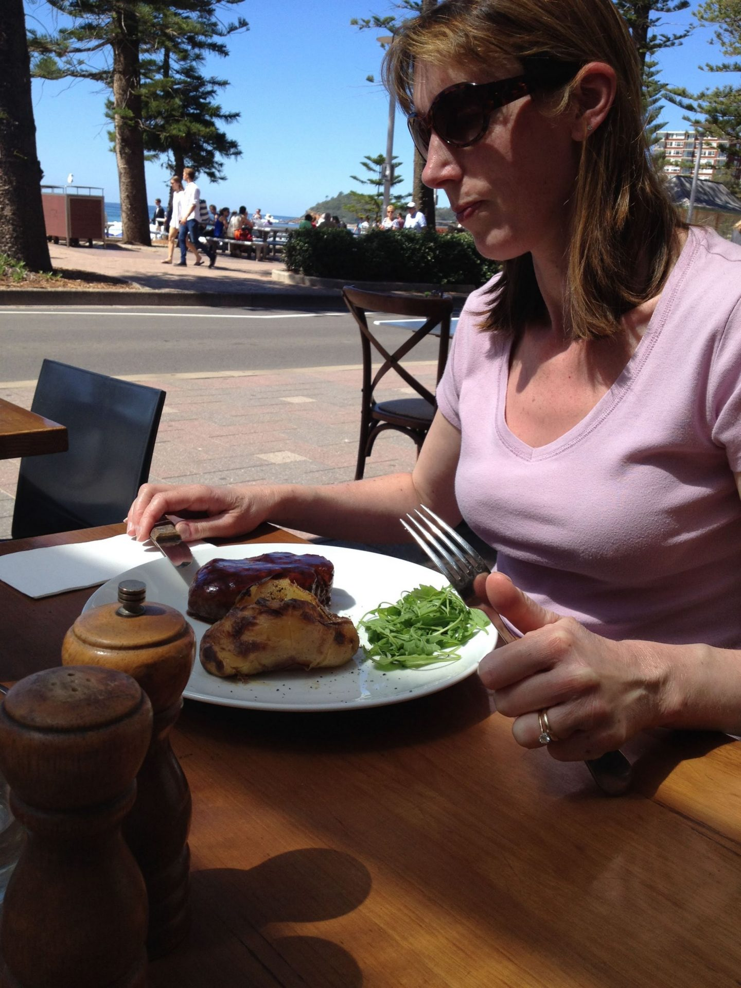 Al fresco dining at Manly Grill, Sydney