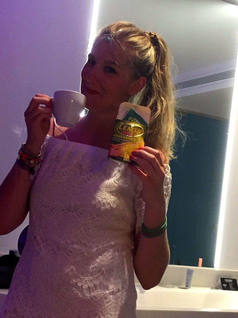 Jo ready for Pacha, Ibiza